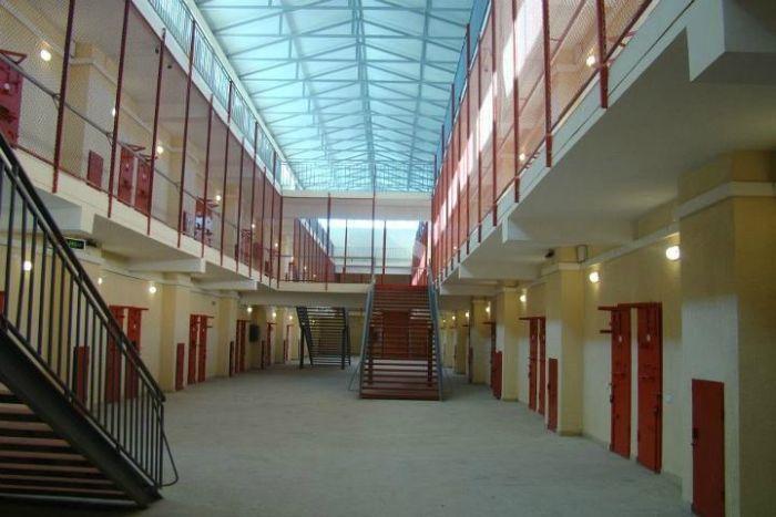 jail_070
