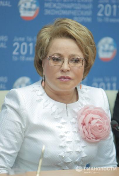 Прически кремлевских теток tetki-4