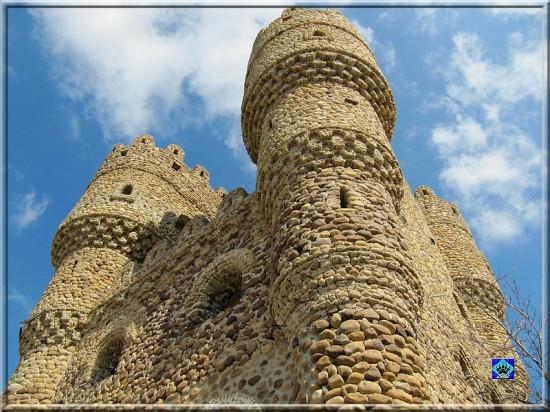 Castillo-de-las-Cuevas2-550x412