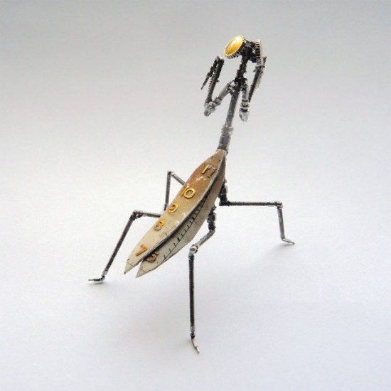 mechanical-mantis-550x550
