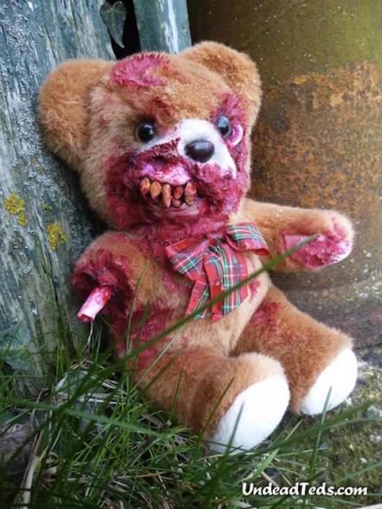 zombie-teddy-bear-550x733