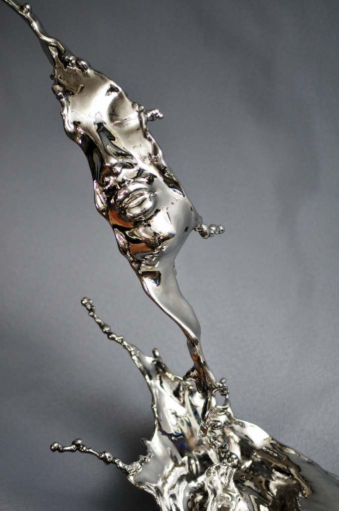 splash-of-wonder_stainless-steel_johnson-tsang-3
