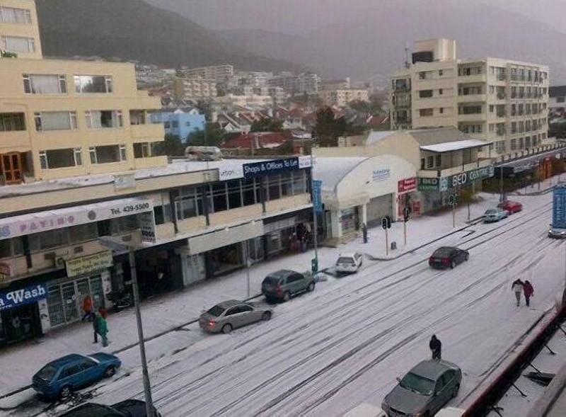SnowTown12
