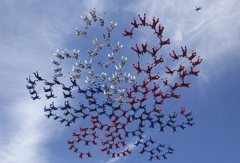 parachutes08