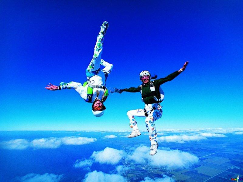 parachutes15