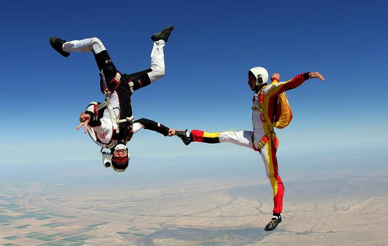 parachutes17