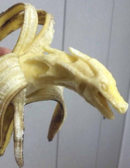Banana-sculptures4-550x707