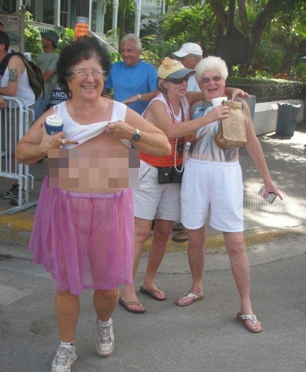 Секс оргия для тех кому за 65
