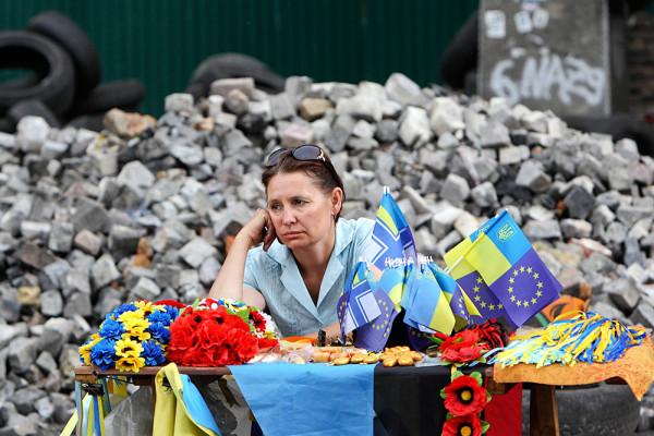 2014-05-27T133250Z_209146283_GM1EA5R1NQL01_RTRMADP_3_UKRAINE-CRISIS-pic4_zoom-1000x1000-24540