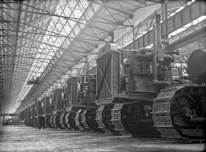 Челябинский тракторный 1