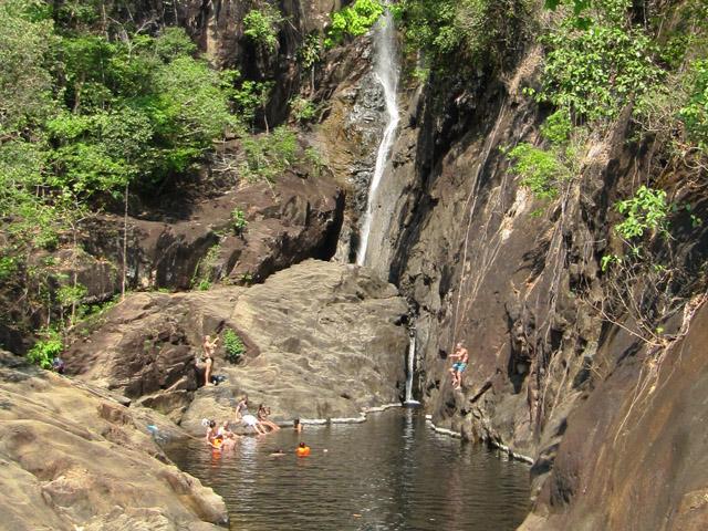 у водопада 2