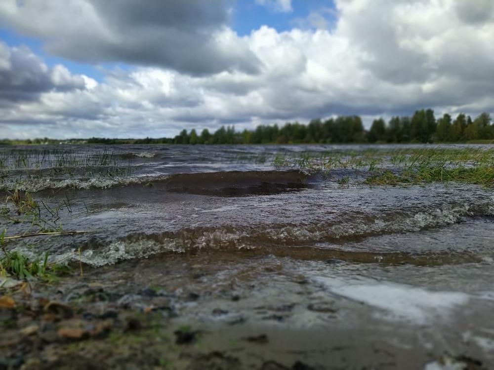 Свинцовый вал Ферапонтовского озера