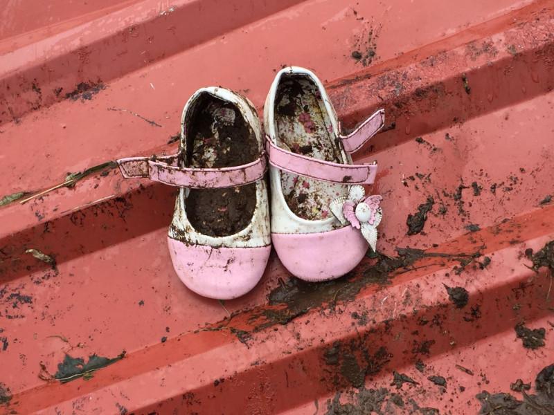 zapatos-Bianca-desaparecida-jueves-Bijagua_LNCIMA20161126_0083_1