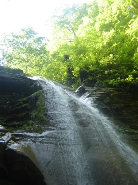 джип - водопад