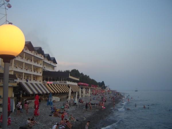 лазаревское - пляж