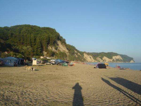 пицунда - восток - пляж - кемпинг2