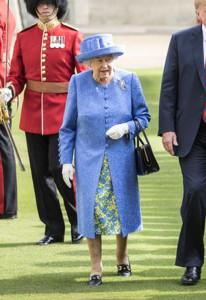 queen purse.jpg