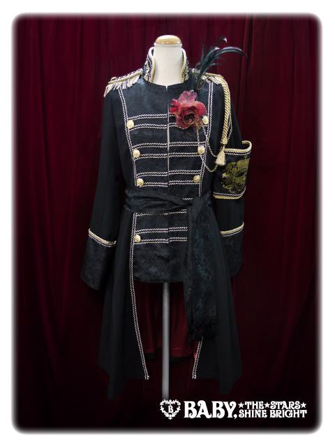 AatP_Destinee-de-la-Rose-Coat_Black