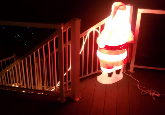 funny-Santa-Claus-Christmas-decoration