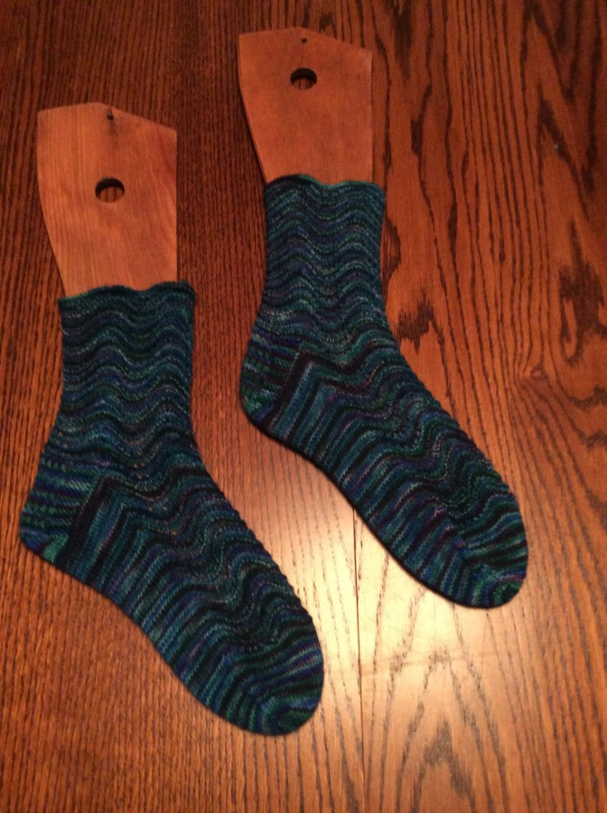 2015 feather and fan socks