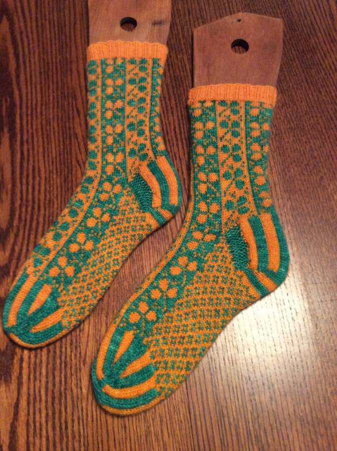 2016 Caleigh socks left