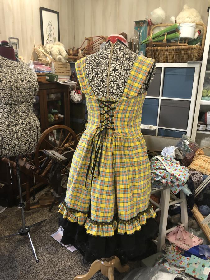 Plaid dress back