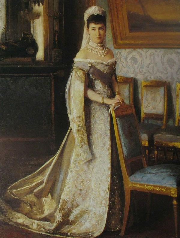7 - Эмиль Щ.Визель - Вдовствующая императрица Мария Фёдоровна в бриллиантовом ожерелье - 1905.jpg