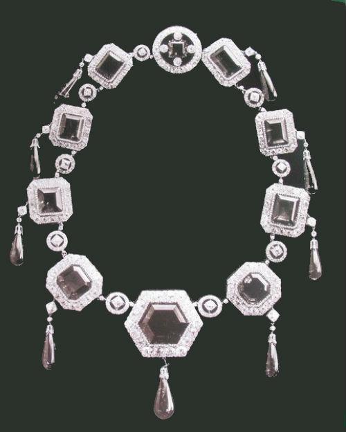 15 - Бриллиантовое ожерелье из Кабинета Его Величества - 1.jpg
