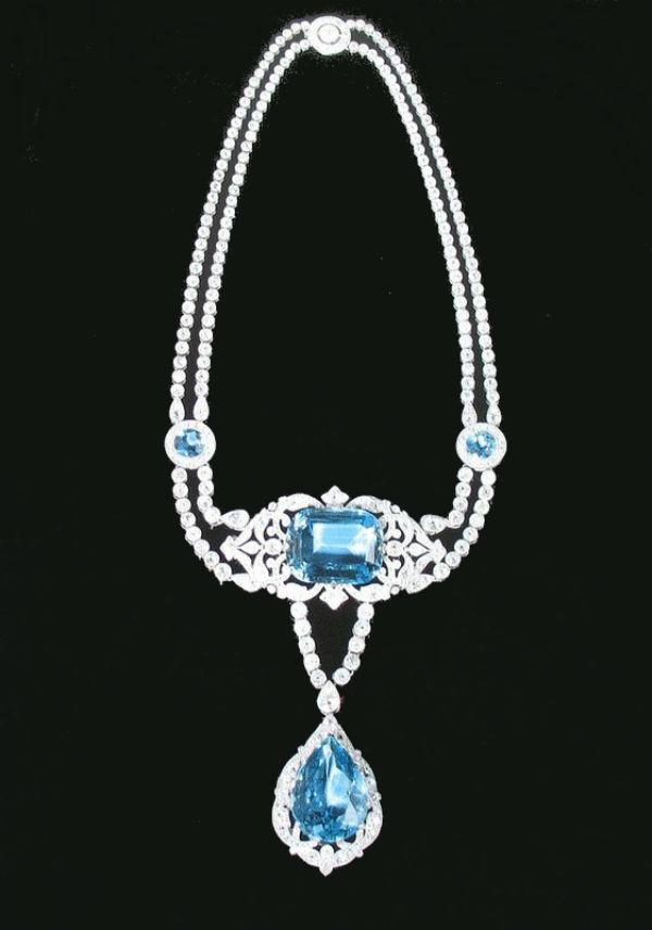 26 - Ожерелье из парюры с бриллиантами и аквамаринами.jpg