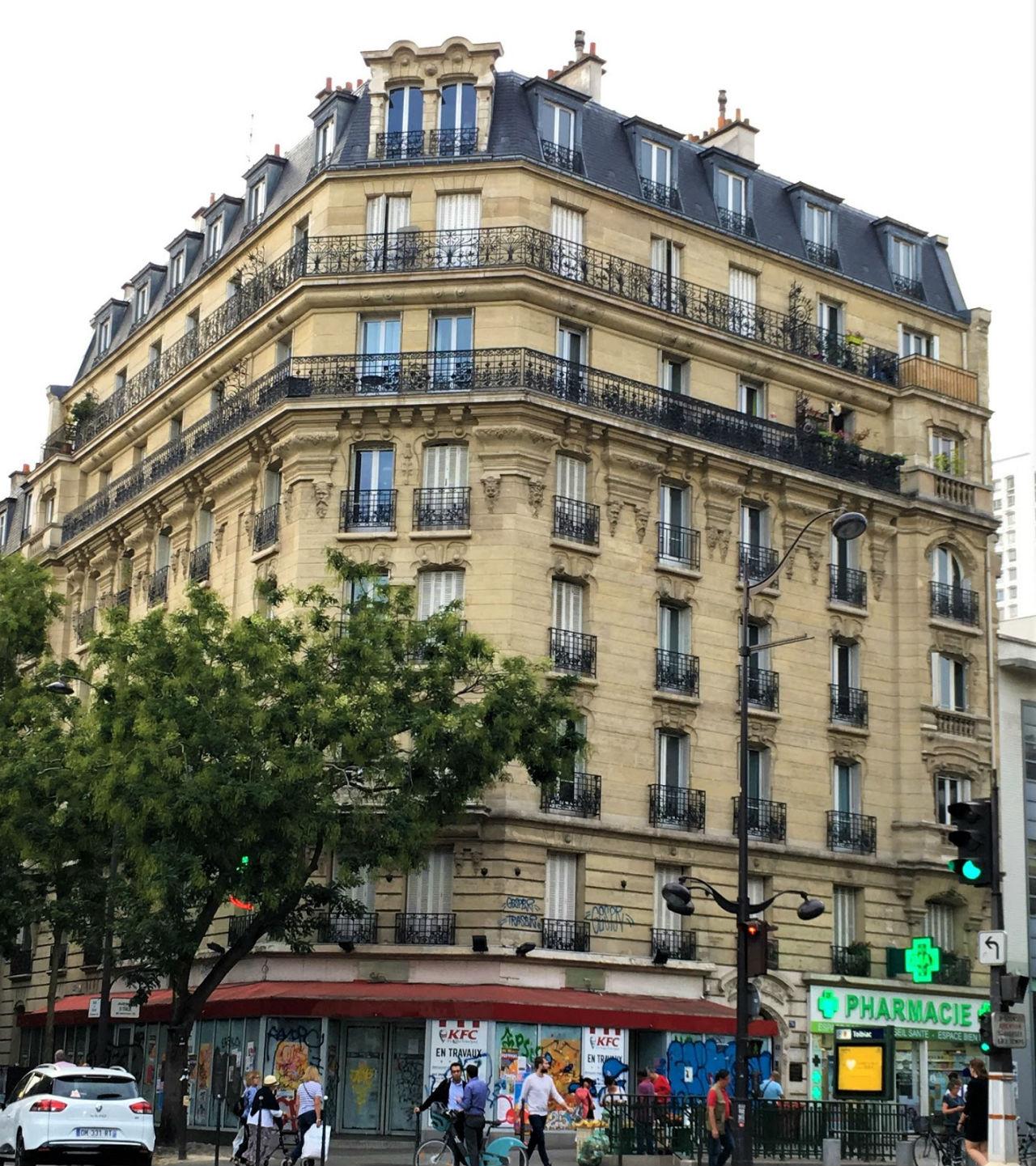 0 - Fa_ade (2) 76 av d'Italie 140 rue Bobillot (угол авеню Италии-рю Бабиллот).jpg