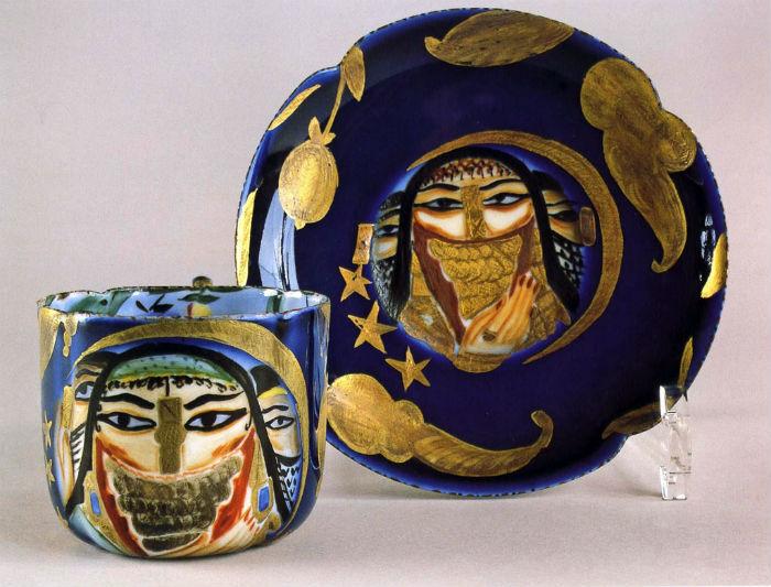 30-Щекатихина-Потоцкая - Чашка и блюдце с изображением арабок - 1920-е - Государственный Русский музей.jpg