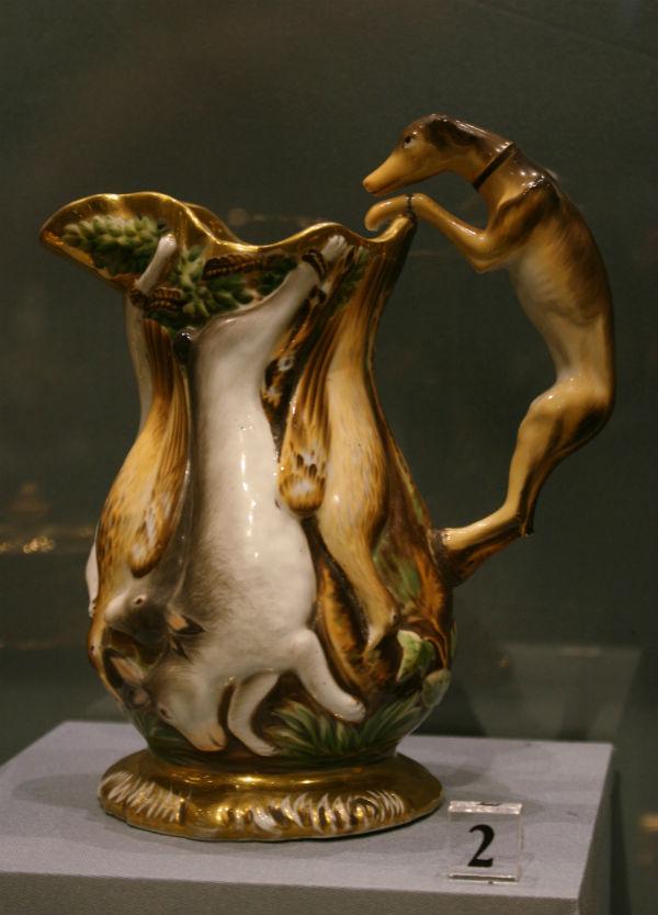 5-Кувшин с изображением охотничьих трофеев (Битая дичь) 1830-е - Завод Гарднера.jpg