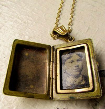 антикварный медальон 5.jpg