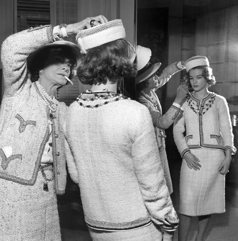 Коко Шанель и Роми Шнайдер - костюм Шанель.jpg