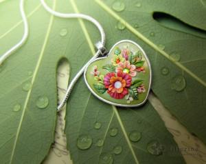 Etsy_2014_feb_HEART_spring-green5