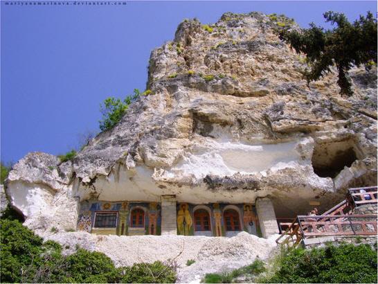 Скальный монастырь святого Дмитрия Басарбовского 1