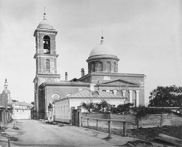 Воскресенская церковь в Даниловской слободе, в Москве.