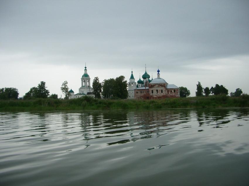 Ростовский Авраамиев Богоявленский монастырь