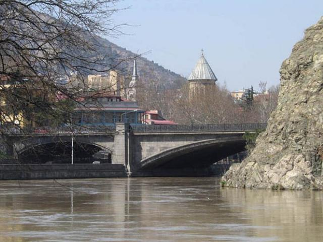 Метехский мост 1