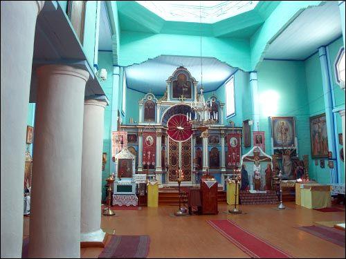 Свято-Троицкая церковь села Блонь внутри