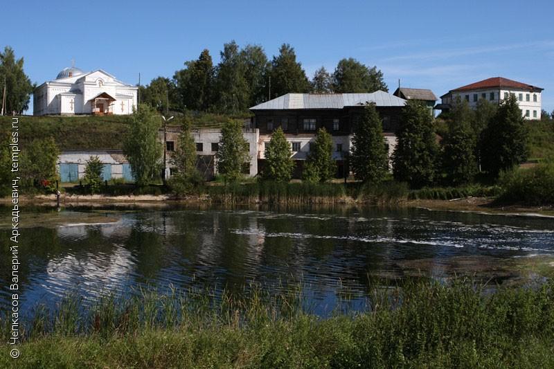 Крестовоздвиженская церковь в селе Серга Кунгурского района Пермского края 1