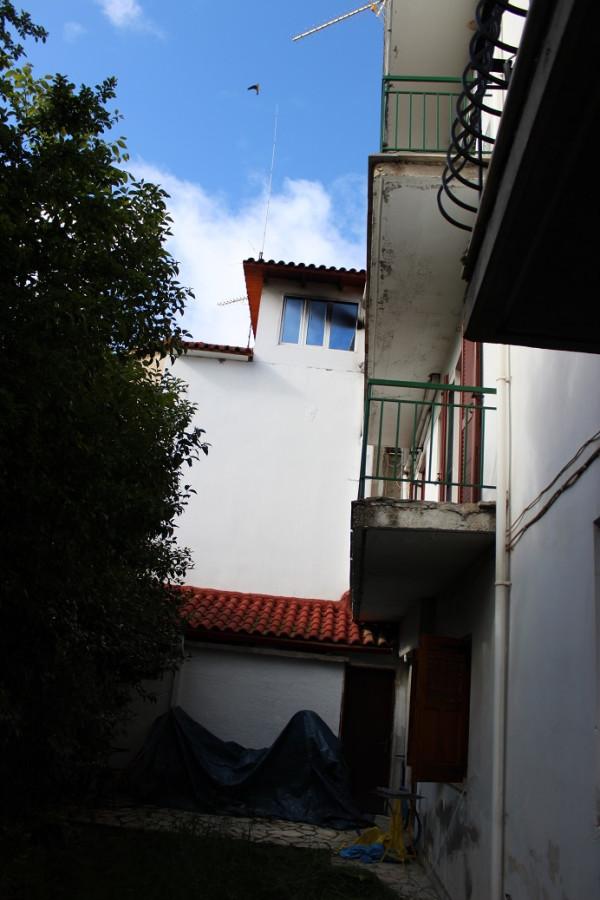калаврита отель тсоволос номер вид с дворика на наш балкон