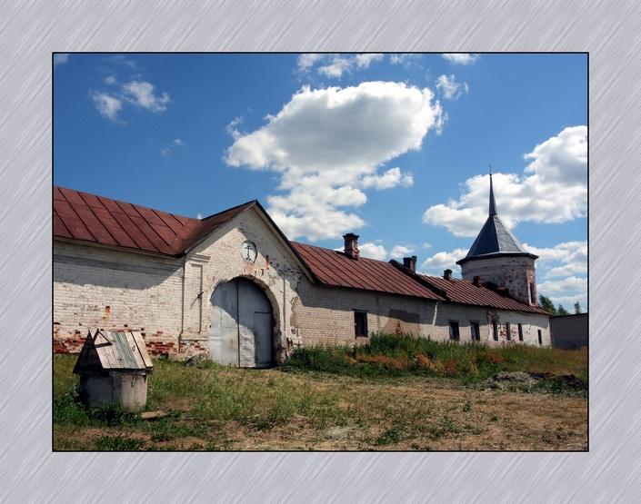 Красноборский Свято-Троицкий Филиппо-Ирапский монастырь в наши дни. Восстанавливается