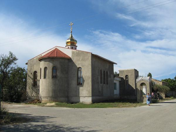 Храм священномученика Порфирия, епископа Симферопольского и Крымского, Евпатория