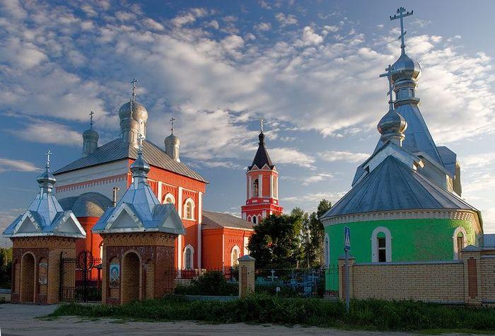 Восстановленная Казанская (Никитская) церковь в Бывалино Павлово-Посадского района Московской области