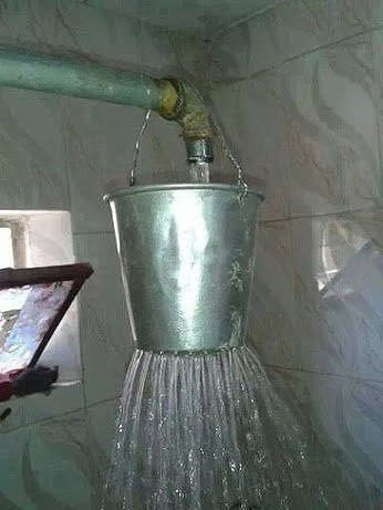 прикол душ из ведра