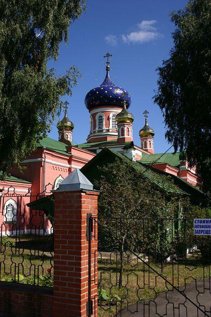 Храм во имя вмц. Параскевы Пятницы в селе Туголес Шатурского благочиния Московской епархии