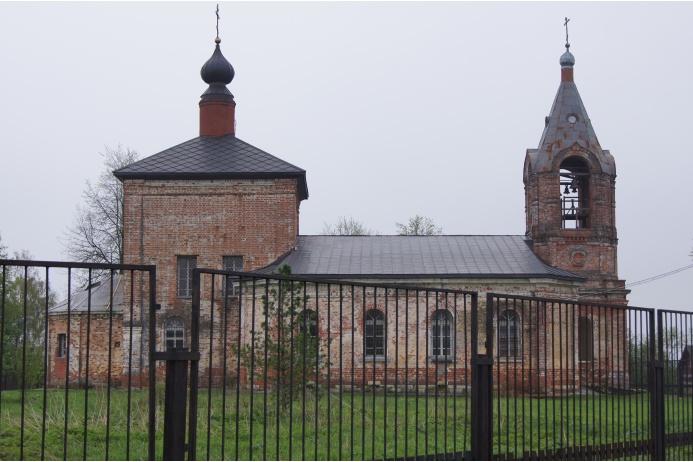 храм Апостола и Евангелиста Иоанна Богослова в с. Каменки Волоколамского района Московской области