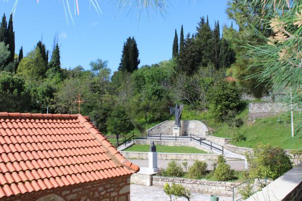 агиа лавра памятник 1