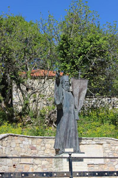 агиа лавра памятник Герману
